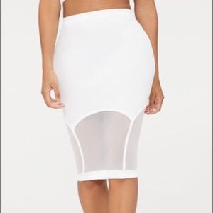 PrettyLittleThing NWT White Pencil Skirt Mesh 8